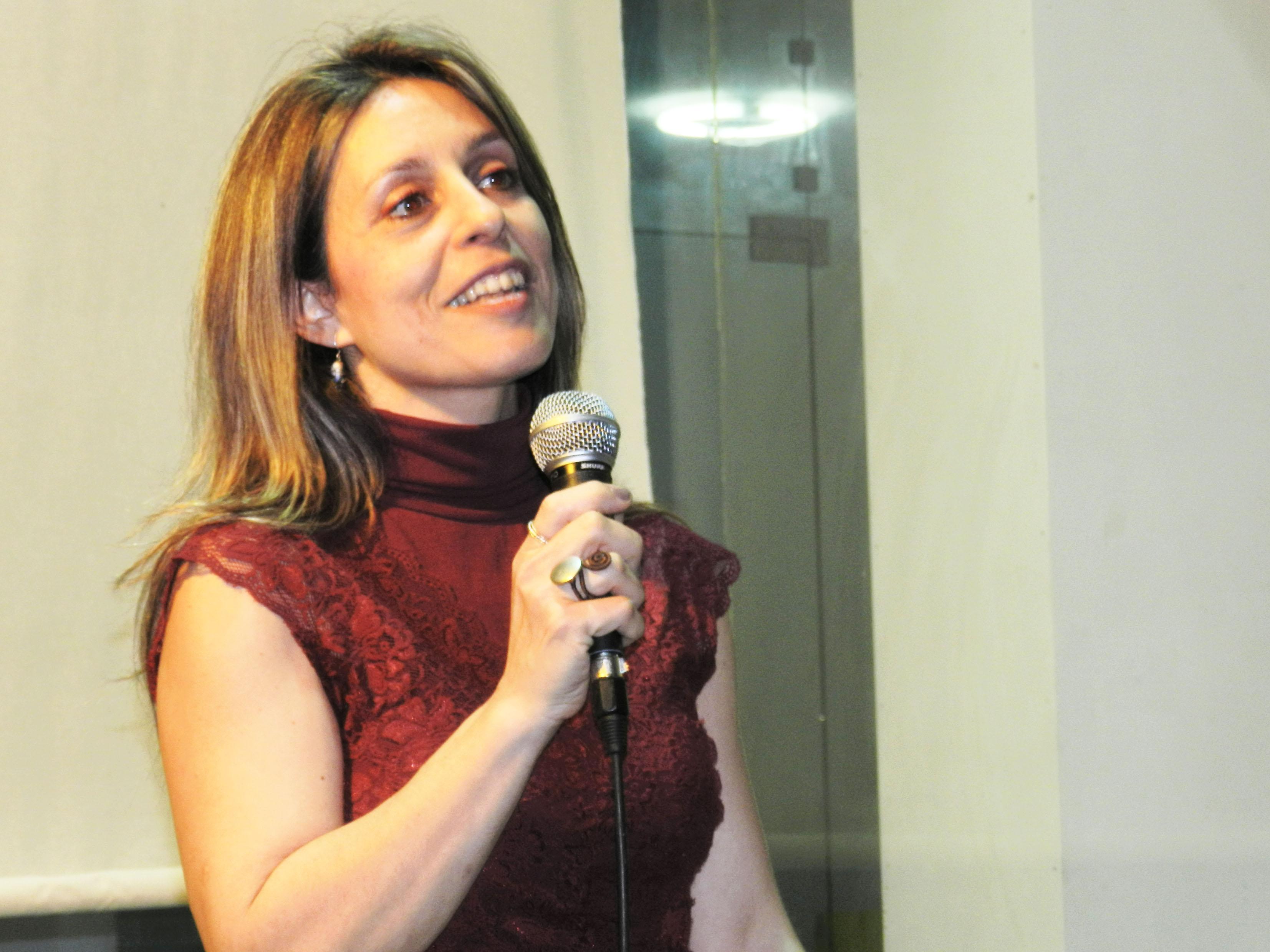 Η Λυδία Κώνστα μιλάει με το κοινό για την ταινία της.