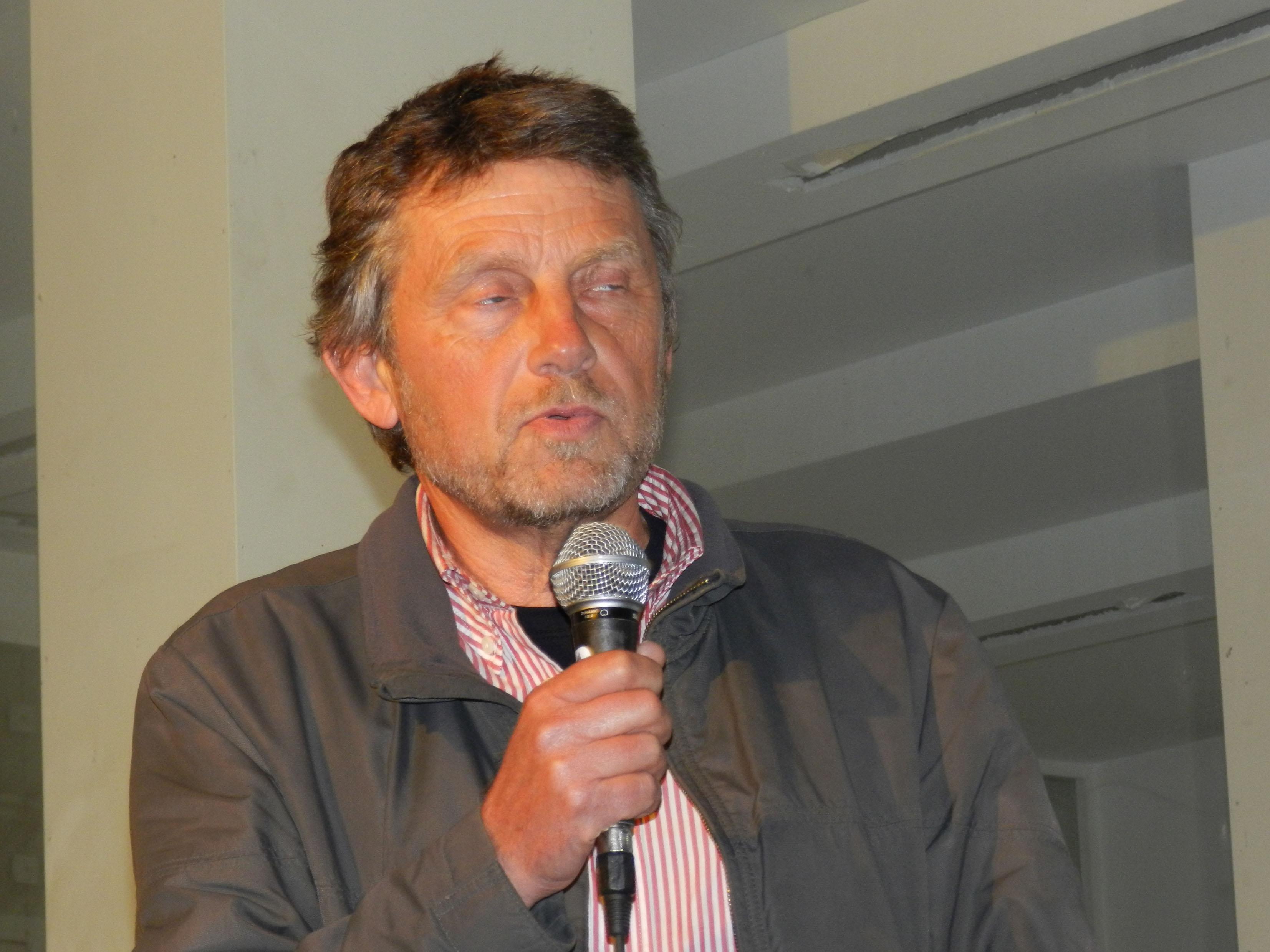 Ο Στέργιος Μήτας συνομιλεί με το κοινό για την ταινία του.