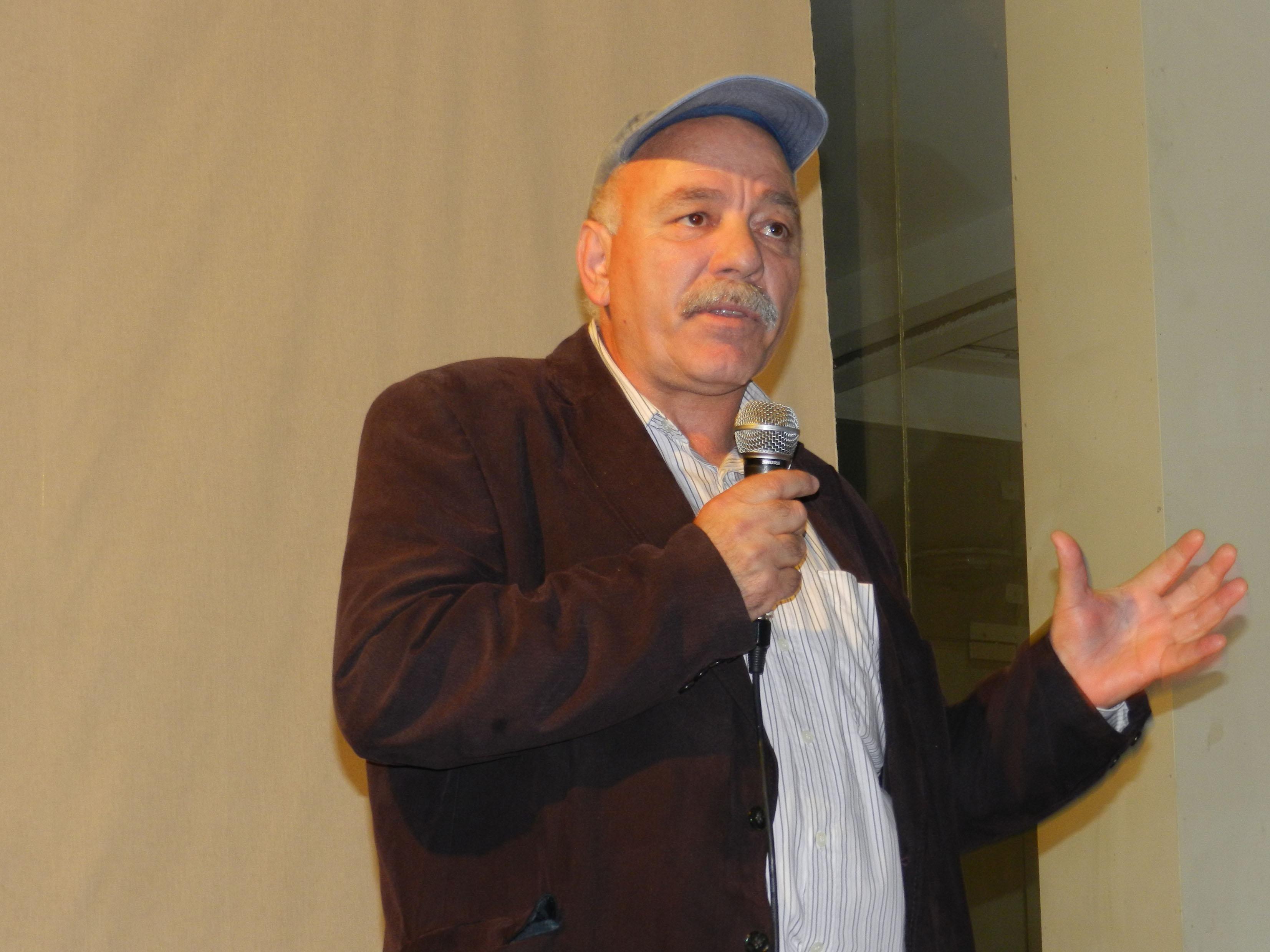 Ο Γιώργος Κεραμιδιώτης αναφέρεται στην ταινία του.