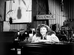 """Ο Όρσον Ουέλς, εδώ στον """"Πολίτη Κέιν"""", είχε σκηνοθετησει την ταινία """"Είναι όλα αλήθεια;"""", όπου έβαζε το θέμα της αλήθειας ή του ψεύδους."""